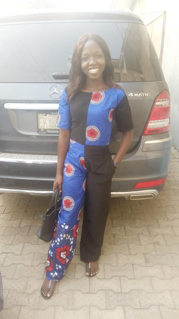My first attempt with jumpsuit Rate me tweeps #styledwithabang  #style  #madebyme #Fashionista  #harmattan  #SaturdayVibes