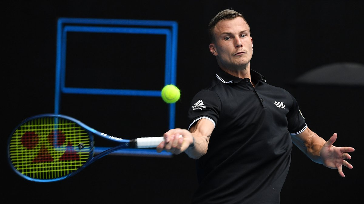Marton Fucsovics no Federer worshipper... not this time!  Read my feature:   #AO2020 | #AusOpen