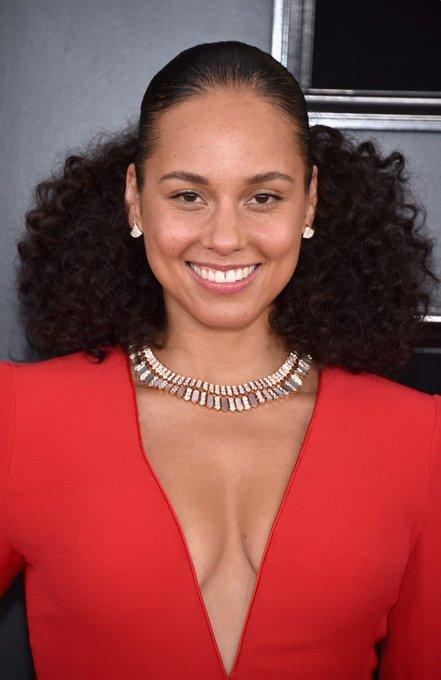 Happy birthday Queen Alicia Keys