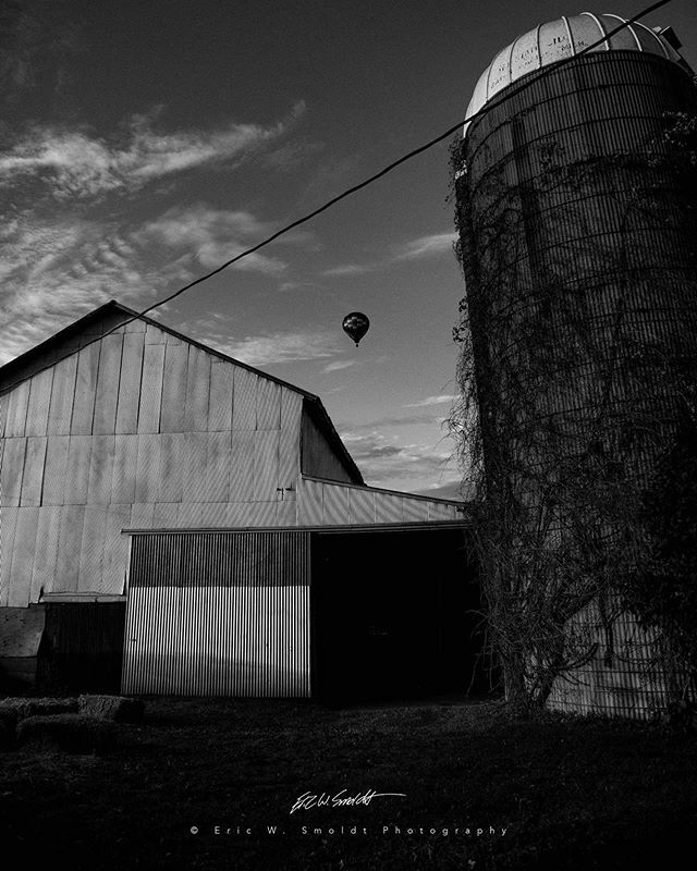 Farm Life V Monochrome . . . . . #aurelius, #michigan, #themitten, #clouds, #sky, #canon, #canonphotography, #eos, #ericsmoldt, #ericsmoldtphotography, #blackandwhite, #bw, #monochrome, #bnw, #blackandwhite, #bnw_captures, #bnw_detaillovers, #bnw_fanatic… https://ift.tt/3aFsjNLpic.twitter.com/zHck9sD93P