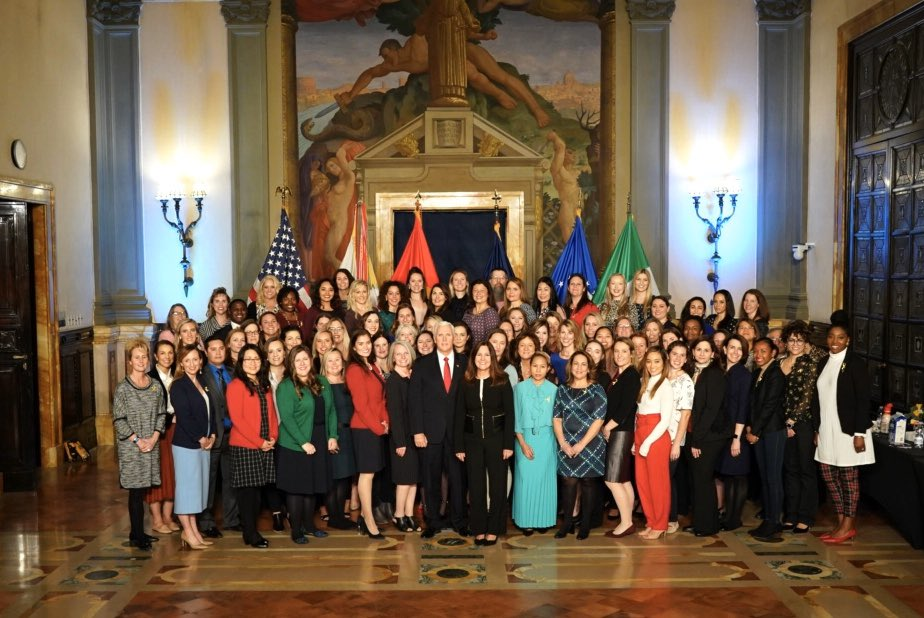 .@Mike_Pence  & I enjoyed hosting military spouses stationed in Italy at the U.S. Embassy last night! Wonderful time meeting with the resilient spouses who have sacrificed so much so their loved one can serve while facing the unique challenges of living overseas.🇺🇸