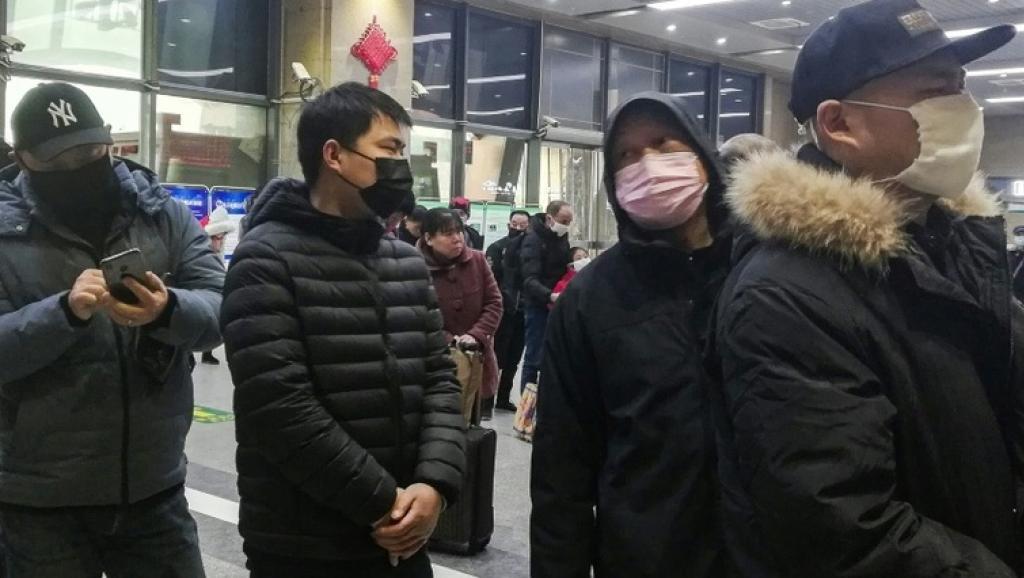 疫情擴散:30萬人封城前夕撤離武漢 更多人被信息屏蔽所害 https://rfi.my/5FpP.t