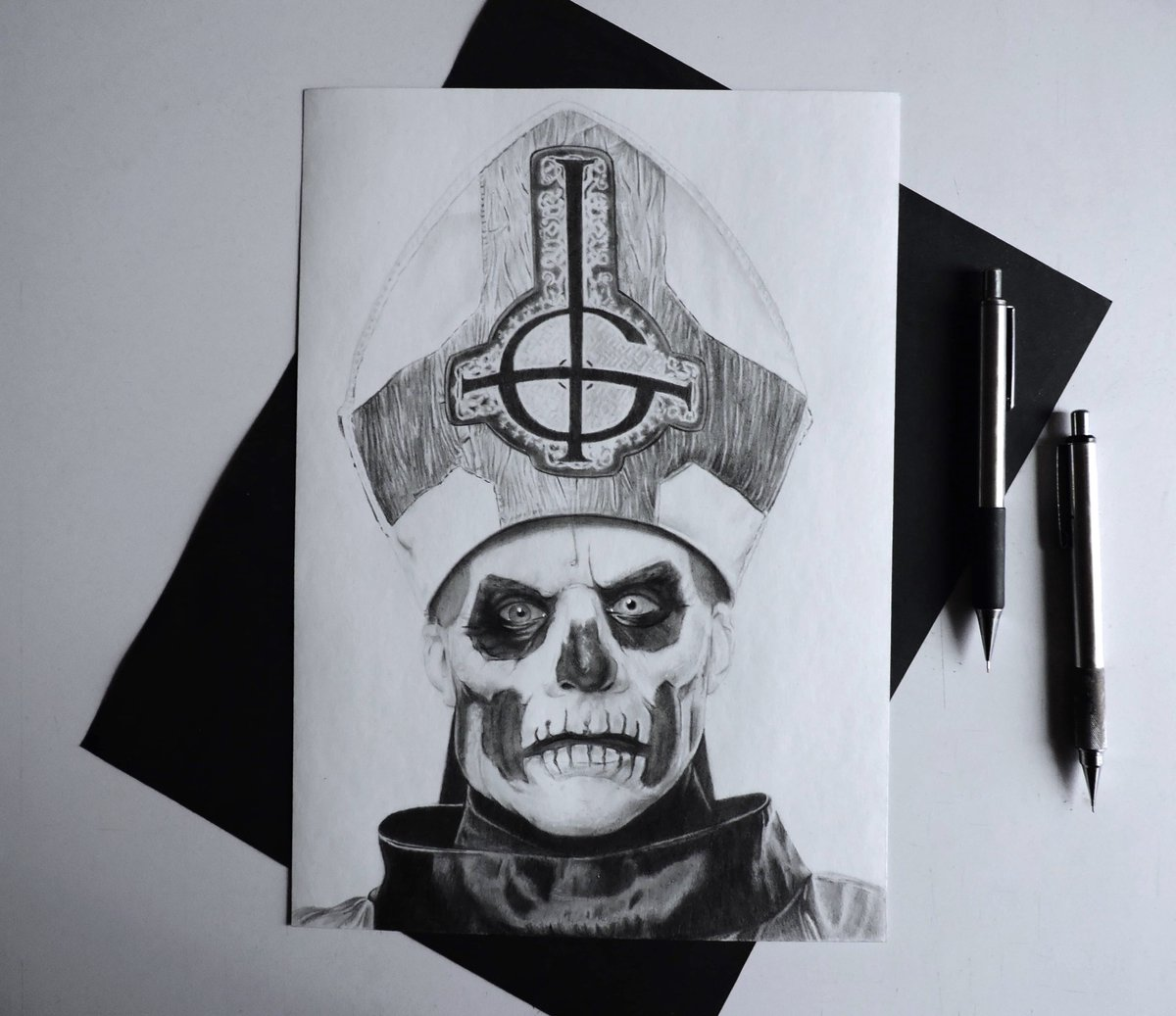 . - [BIRTHDAY SALE - INBOX FOR DETAILS]. - Papa Emeritus ii I want to thank each and everyone of you for all your constant support  . - #art #artist #draw #drawing #ghost #papaemeritusii #tobiasforge #birthday #inspiration #gratitude #thankful #realismpic.twitter.com/QDLUA6lDTe