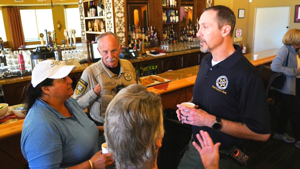 Thank you to everybody who joined us for our Coffee with a Cop event in Saddlebrooke this morning.