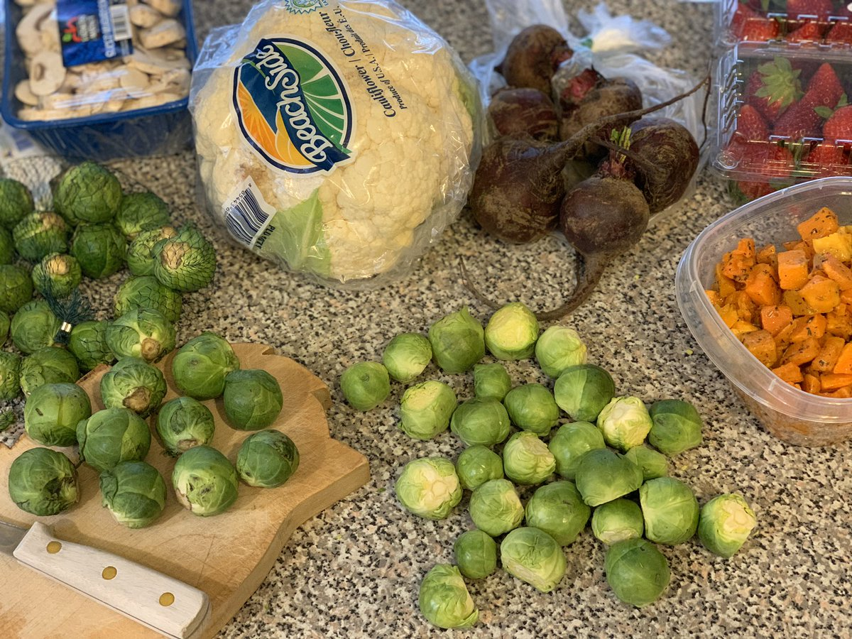 Food prep time!  We're roasting Brussels sprouts, asparagus, mushrooms, butternut squash, cauliflower, and beets. Plus we like to cook down strawberries for a nighttime snack!  #healthychoices #vegetarianketo<br>http://pic.twitter.com/4IvDCj3Gfr