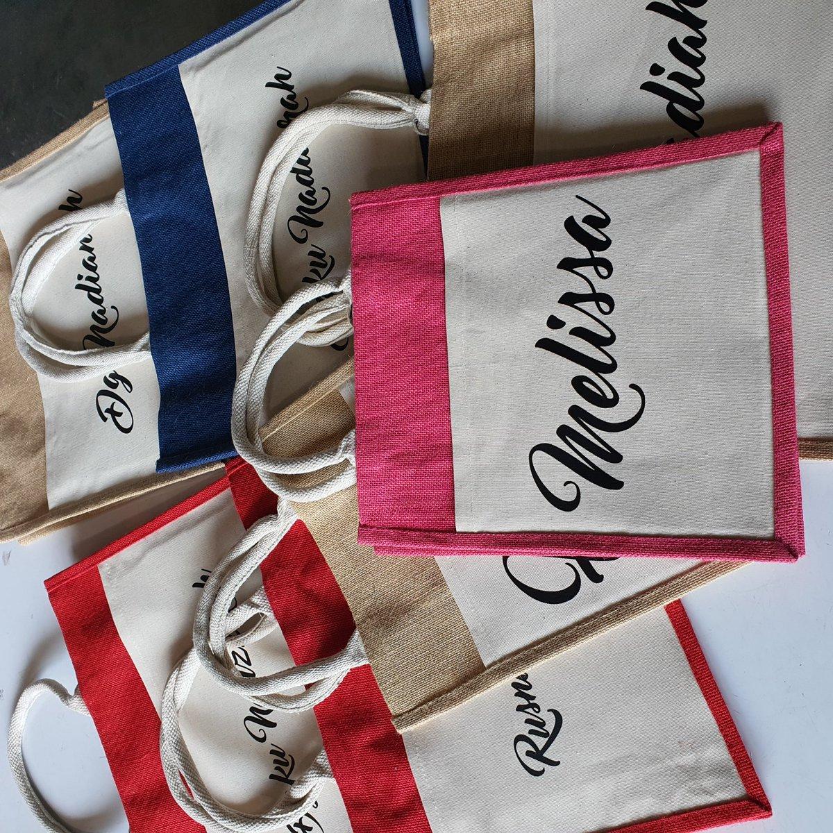 Customize Printed Name Jute Bag Viral. Super sharp printing. Whatpps 0182840112 #darkproject #printingbaju #printingtshirt #branding #streetwear #bagviral #bagnama #viral #trending #kotadamansarapic.twitter.com/a6VQj6so5F