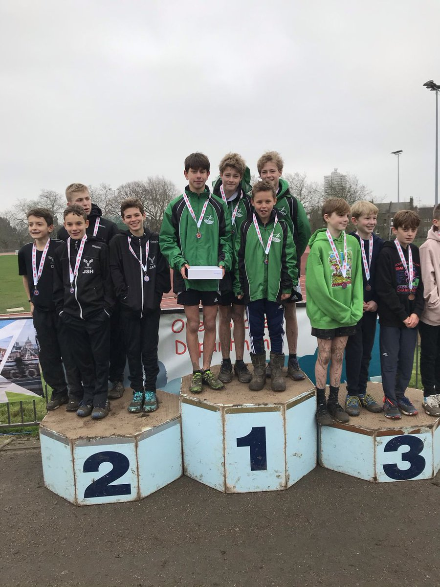 An epic day at the Southern Cross Country Championships at Parliament Hill today. Our Chiltern Harrier athletes, won both the under 13 individual and team male and female races. The under 15 girls also grabbed team silver. #crosscountryrunning #lovemud #parliamenthillpic.twitter.com/lrjfycxkDW