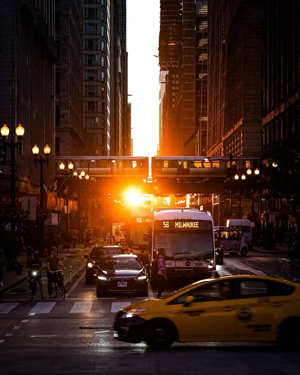 Chicago Hinge... <br>http://pic.twitter.com/NlDKdHrvmd