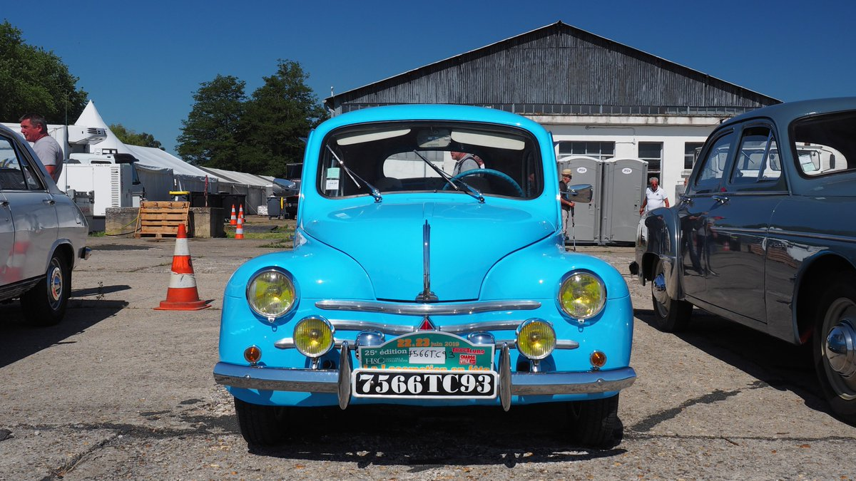 test ツイッターメディア - 1947-61 #Renault 4CV https://t.co/KnVDzmGP5a