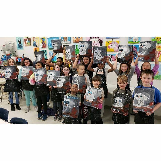 Give our snowy owls a hoot!!! #artstudioforkids #artclassesforchildrenlongisland #paintpartiesforkids #kidsart #painting #kidsclasses  #artcamp  #camplongisland #artcamplongisland #artclass  #artists #kidsart  #longislandny #amityville #artforkids… https://ift.tt/2RT6x0Bpic.twitter.com/FeeqoCfVeY