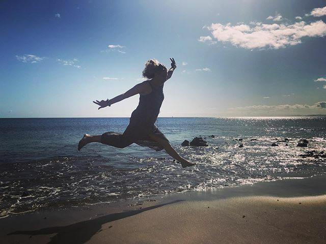 #happyday #lanzarote #beach #puertodelcarmen  #brunnthal #erleuchtung #gesundleben #hohenbrunn #inspiration #inspiriert #instayoga #meditation #myoga #namaste #neubiberg #ottobrunn #taufkirchen #unterhaching #yoga #yogadeutschland #yogainspiration #yogaj… https://ift.tt/36ozQNtpic.twitter.com/15ynuAJHSs