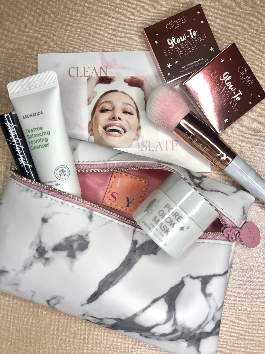 My January #IPSYCleanSlate #glambag is a marbleousgroup of beautiful products! Brands included: @ciatelondon @FARAHBrushes @beautyforreal @Aromatics_Intl & JJ Young #cosmetics #makeupphotography #makeupflatlay #crueltyfreemakeup #discoverunder1k #IPSY #subscriptionboxpic.twitter.com/am3gqiwleB