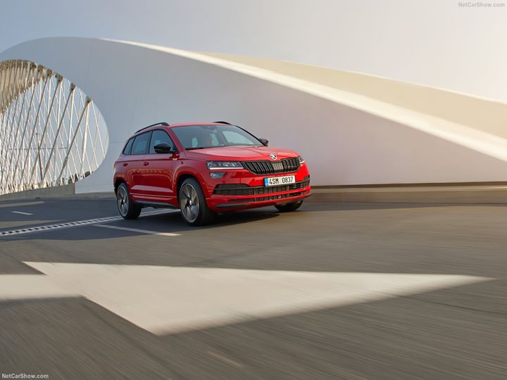 Go further this week in the stunning #SKODA #Karoq! #Follow the link to #book your test #drive  #NP #RT #FF #NEWS #Travel #Design #相互フォロー #Cars