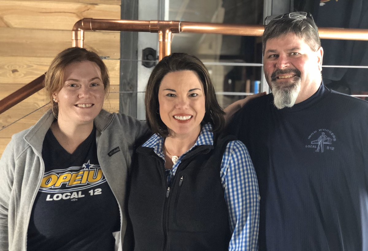 There's nothing like a good talk with labor leaders Nate and Pommella over a cold beer on a Saturday afternoon! 🍻