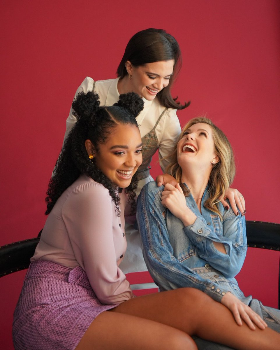 What a crazy, festive week in NYC for the launch of #TheBoldType Season 4. So many fun moments. Here are some of our fave highlights of your fave trio. ♥️