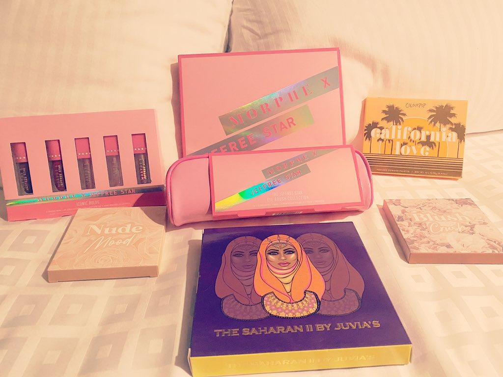 So excited! @JeffreeStar @ColourPopCo @juviasplace #makeuphaul pic.twitter.com/vvts2yOE9f