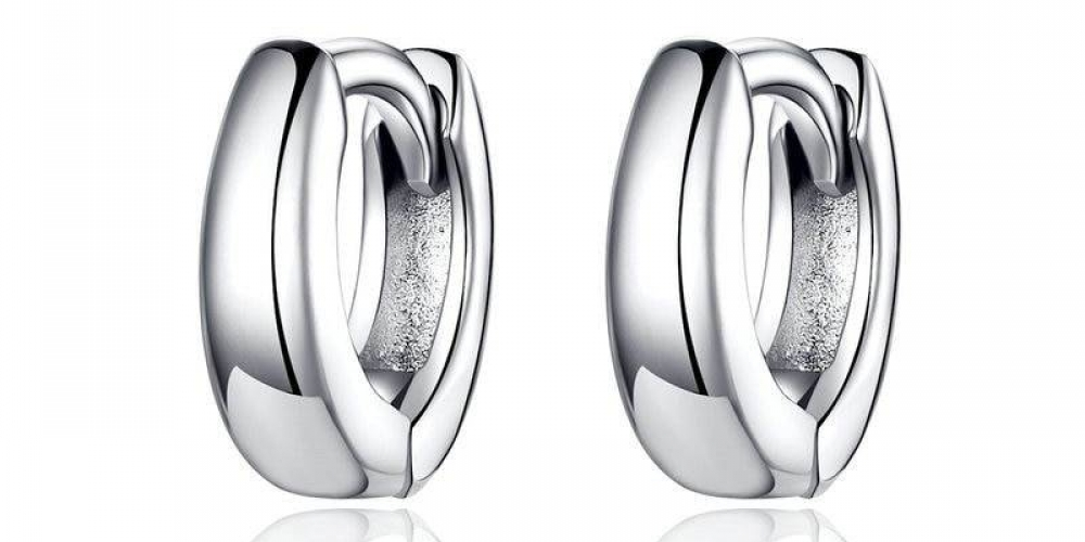 #Cheapjewelry #jewelryandwatches   Small Circle Hoop Earrings for Women  https://accessoriestoshine.com/product/small-circle-hoop-earrings-for-women/…   9.95 Small Circle Hoop Earrings for Women   Material:100% 925 sterling silver  Earring ...pic.twitter.com/86cQ6k2rVN