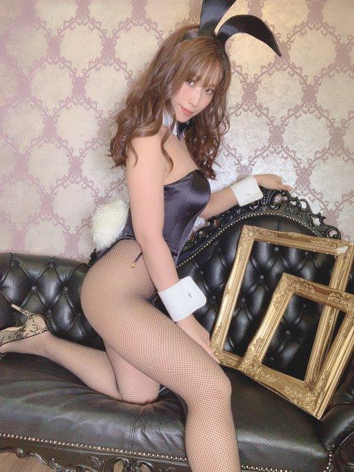 バニーガールの渋谷さんのTwitter自撮りエロ画像34