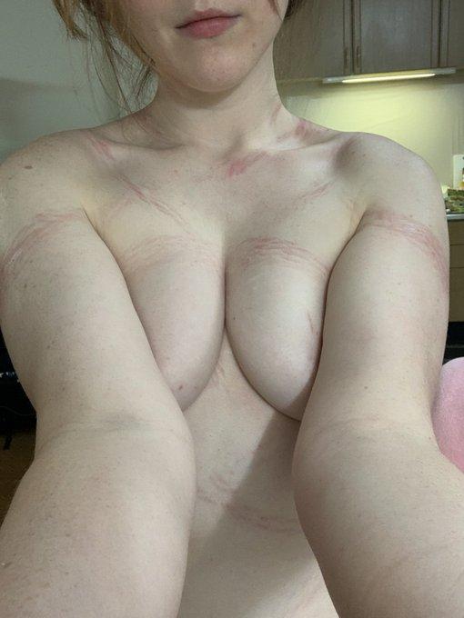 AV女優ジューン・ラブジョイのTwitter自撮りエロ画像25
