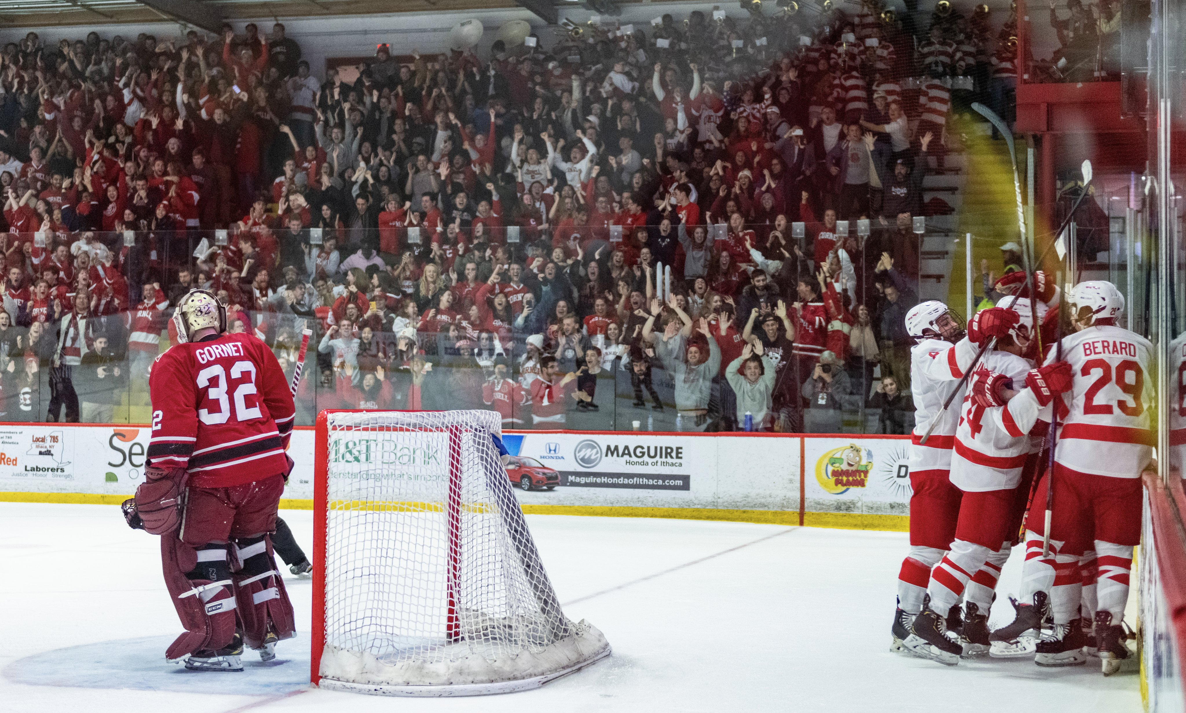 Cornell scores late third period goal to force 1-1 tie with Harvard