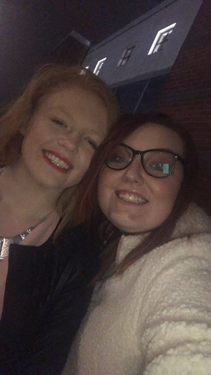 Jessica and Annaliese went on a adventure to see the kaiser chiefs in Birmingham last night #sundaybrunch @SundayBrunchC4pic.twitter.com/dGp48aUuEd