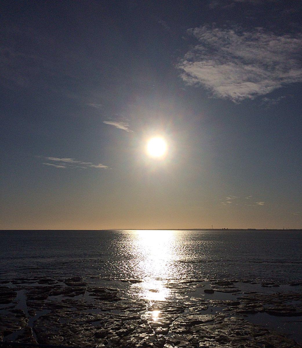 Gooooood Morning from Northumberland x <br>http://pic.twitter.com/QUFJXHojdk