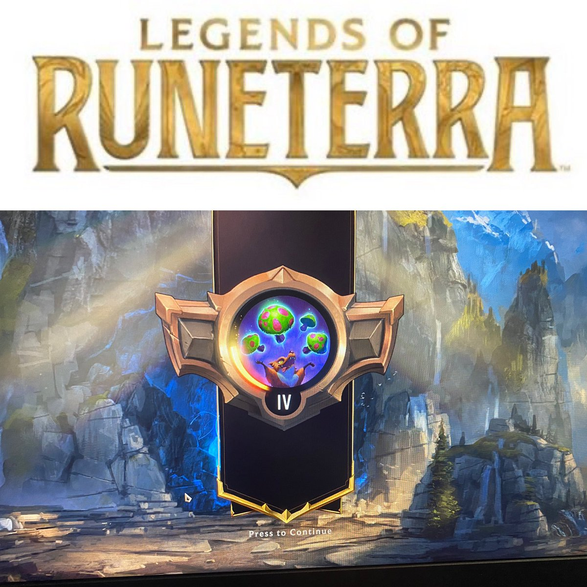 Moving on up! I assume this is bronze but who really knows! Haha #LegendsOfRuneterra #levelup #gaming #allnight #help #sneakenergy #wearesneak #bxa #bxagamingpic.twitter.com/vyFVJN0t9r