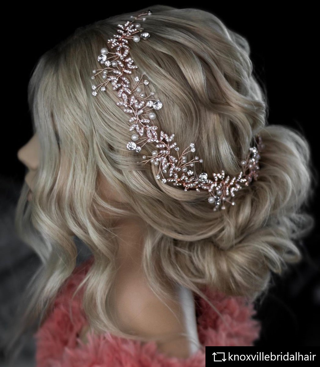 work by @knoxvillebridalhair  SO SPECIAL!  MANNEQUIN: https://www.limage.de/louisa-omc.html  #limage #blond #updo #makeup#updos #braids #braid #weddinghair #wedding #love #Hairstylist #hairstyle #mannequinhead #hairgoals #waves #blondhair #dollhead #curly #hollywoodhair #longhairpic.twitter.com/1JCaOhEECK