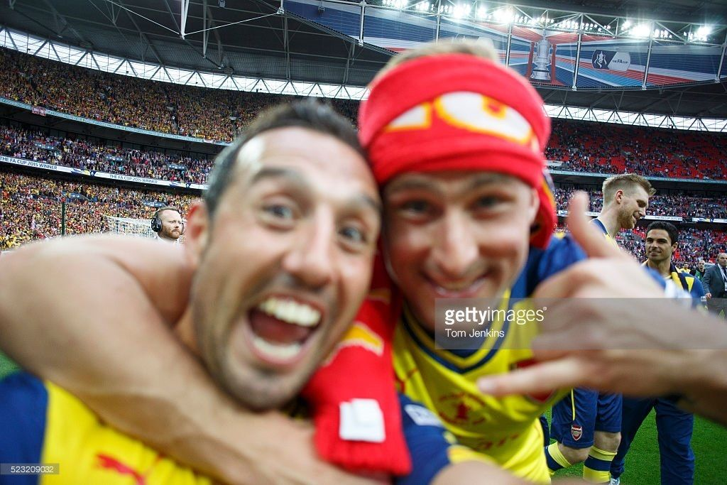 Throwback to some post match celebrations of Arsenal's 2015 FA Cup Final triumph