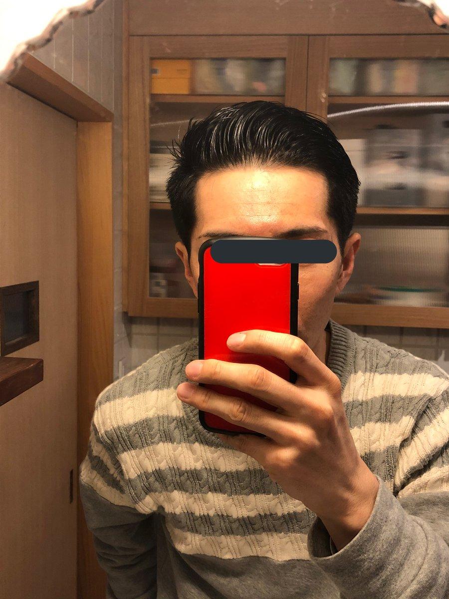 髪を切ってきました  今時のバーバースタイルにチャレンジ  一回やってみたかったんですよね  すみません、完全に自己満足です(^^;  #バーバースタイルpic.twitter.com/qpdOz493sV