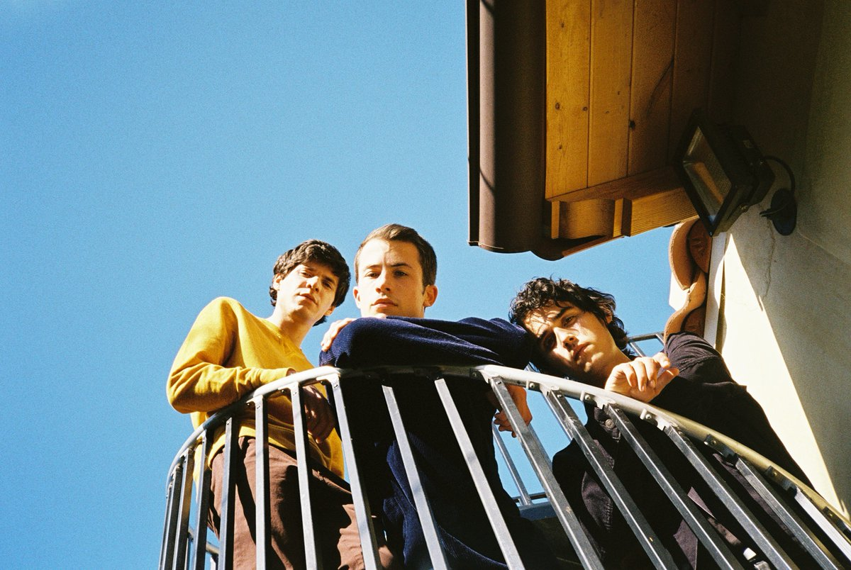 Wallows (@wallowsmusic) share trippy 'Remember When' video: diymag.com/2020/01/20/wat…