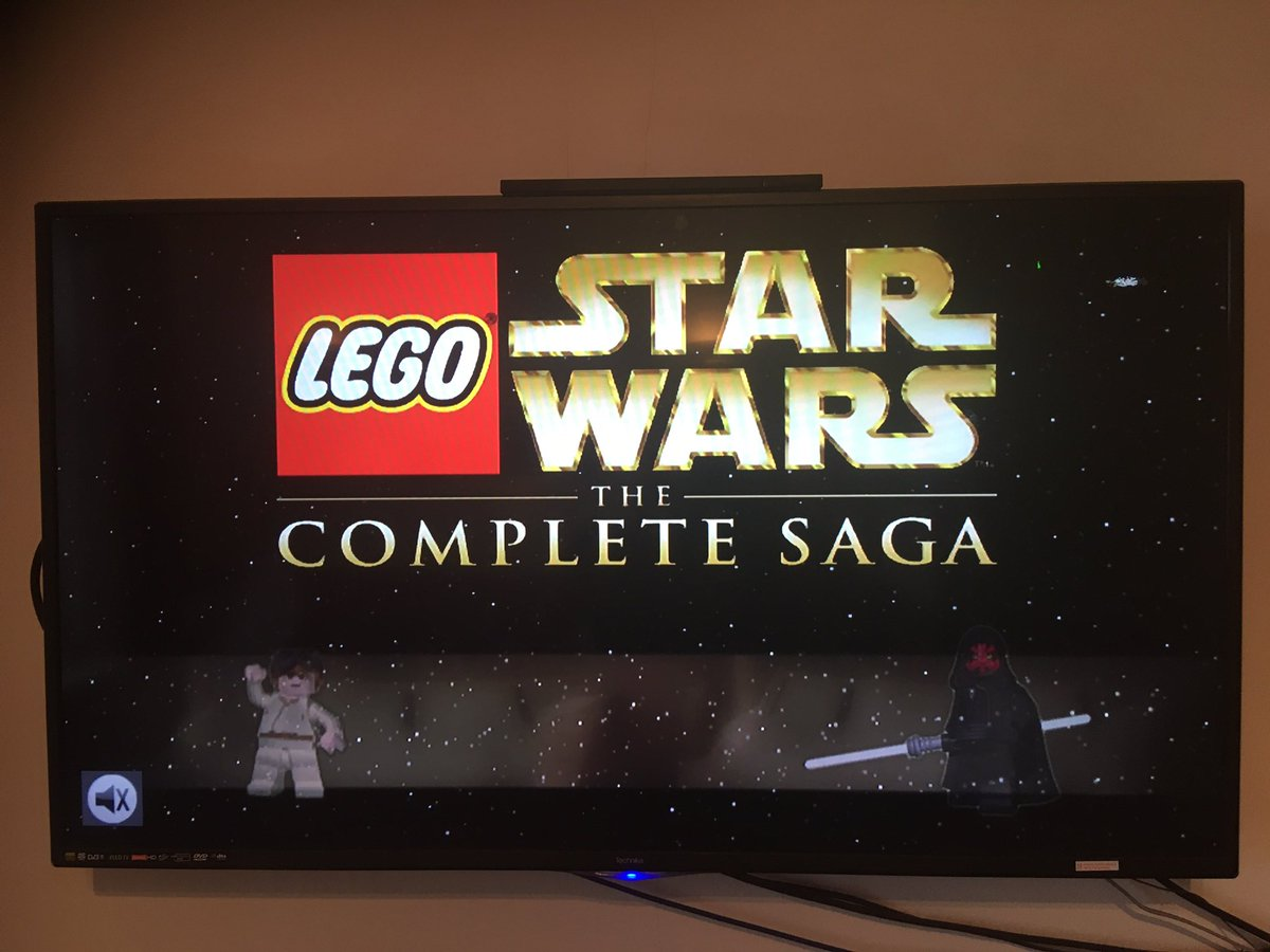 Couples gaming this morning  feeling a bit basic today. #lego #legostarwars #StarWars #ps3 #fortheplayers #playstation3 #starwarsgame #gaming #gamecollector #couplesgaming #retrogamerpic.twitter.com/NJ78caUeWy
