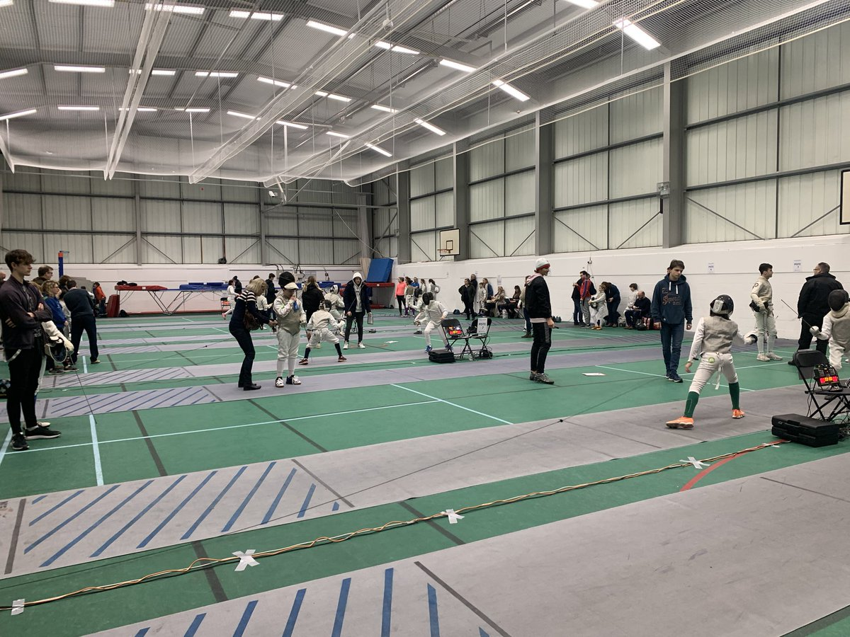 Up and running and as ever delighted to have so many @MillfieldSenior athletes refereeing the younger age groups. Thank you Oscar, Jacob, Dylan, Antonia, David, jake and Ben! #fencingfamily pic.twitter.com/SS5olls7cX