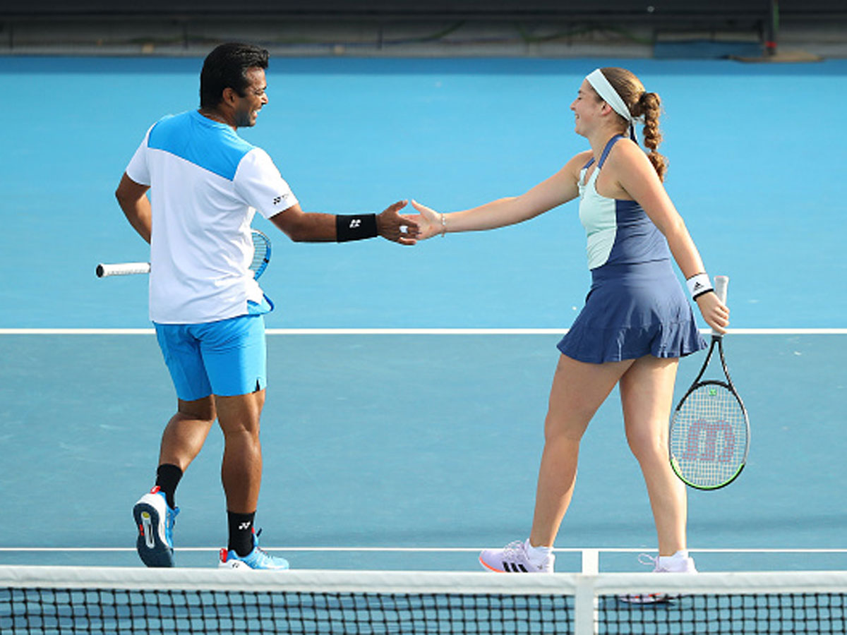.@AustralianOpen: @Leander, @JelenaOstapenk8 reach mixed doubles 2nd round READ: http://toi.in/mtnCTa/a24gk #AustralianOpen #AusOpen #AO2020 #LeanderPaes