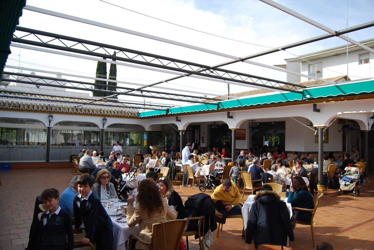 Vente a nuestro patio, te reservamos mesa vía redes durante todo el fin de semana en #Huracán. #Gastronomía #Sevilla #Bermejales #Foodporn #TDSGastro #Gastronomía #restaurante #foodie #gastronomiasevilla #food #foodporn #instafood #yum #yummy #tastypic.twitter.com/k64c2bU5S8