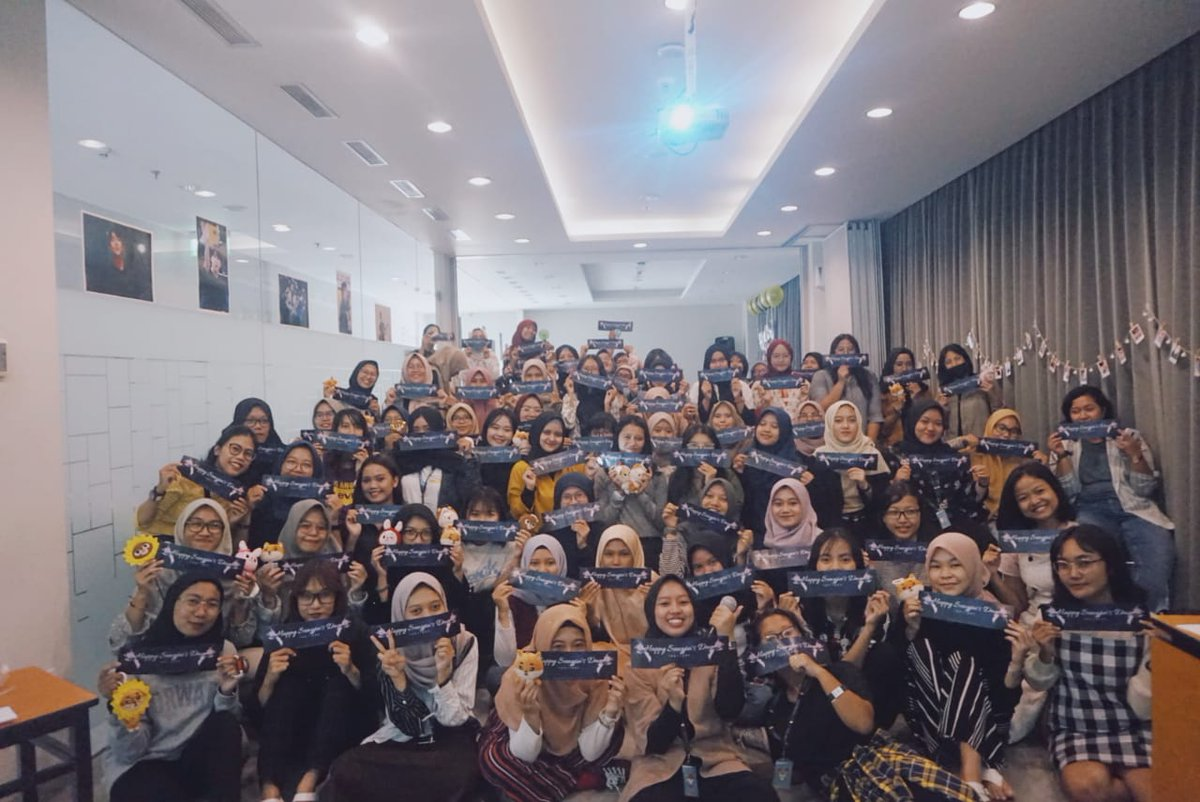 YOU GUYS REALLY AMAZED!!!   WE ARE SO HAPPY BECAUSE YOUR ENTHUSIAST!  SPECIAL THANKS TO @Tillinfinity_93 Thankyou for the cupholders & stickers! Also your HD pictures too <br>http://pic.twitter.com/pW1QeTHrxN