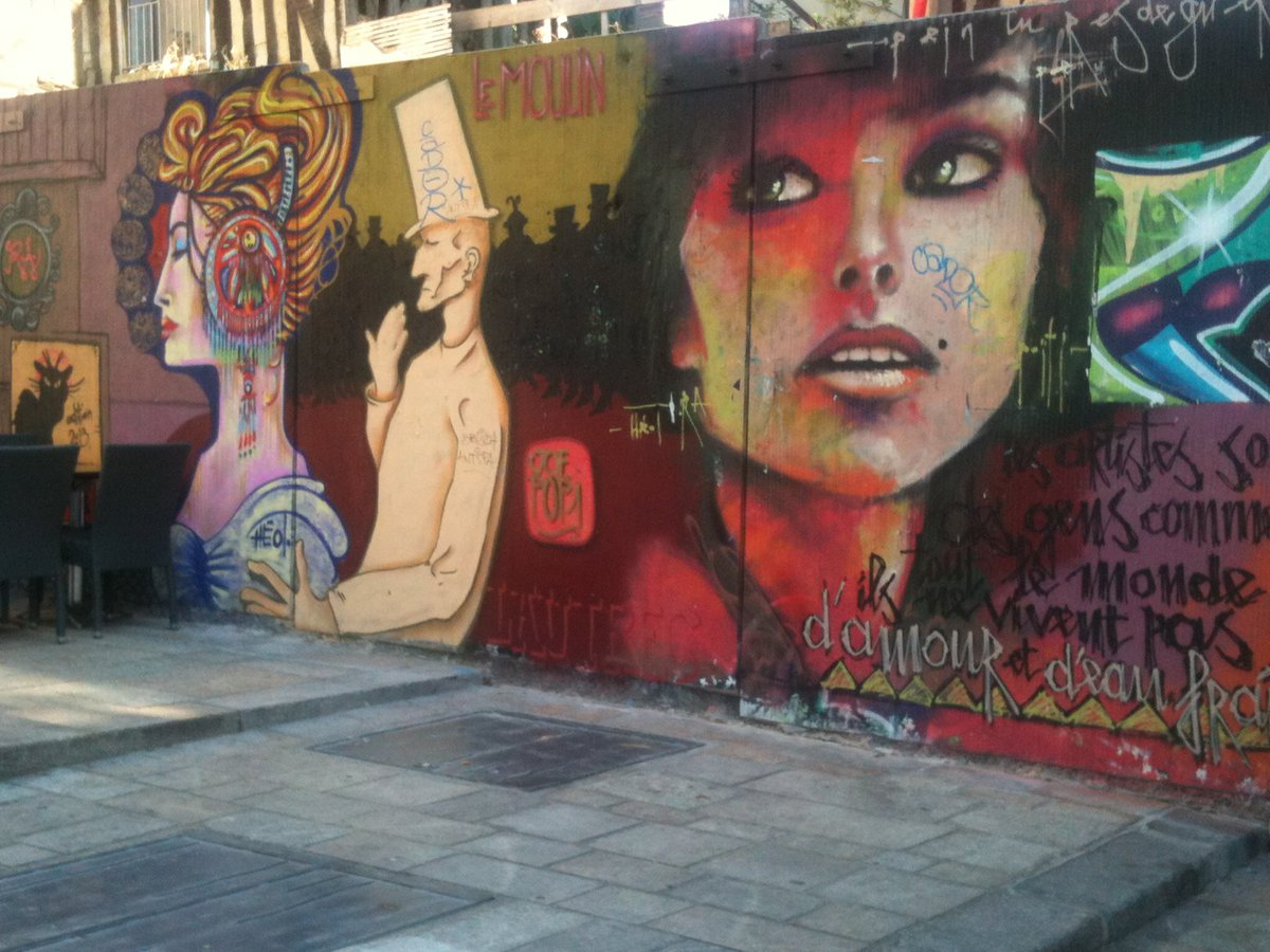By HEOL  #Rennes #StreetArt #urbanart #wallart #wallpainting #muralpainting #artderue #peinturederue #streetphotopic.twitter.com/XfK11yL9ds