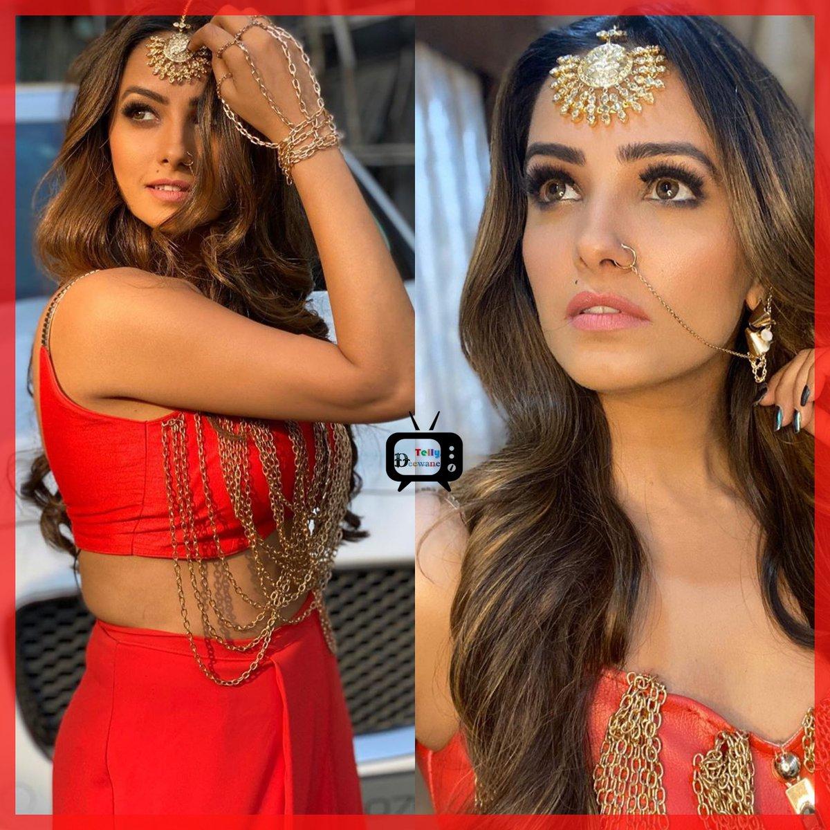 Gorgeous Anita Hassanandani #AnitaHassanandani #Naagin4  #AnitaHassanandaniReddy #Vishaka #Vish  #Naagin3   @TellyDeewanepic.twitter.com/AXj25YVVQJ
