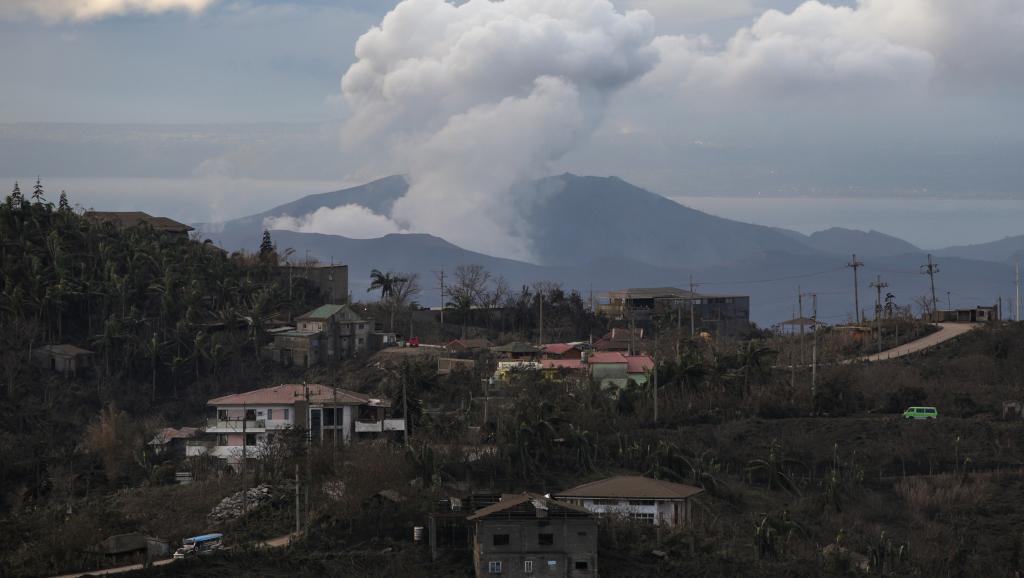 菲律賓:火山險情減弱 許多居民開始返家 https://rfi.my/5G4R.t