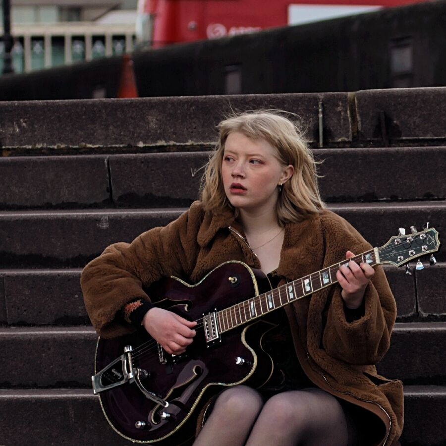 TONIGHT  last chance to book your tickets for emerging songwriter, guitarist, ukuleleist, vocalist Rosie Frater-Taylor & her superb live band!    http://bit.ly/2NBrPhH  @rfratertaylor @hackneywick @jazznewblood @Jazzigator @jazzlondonlive @jazzfmpic.twitter.com/XvvKFI5hxD