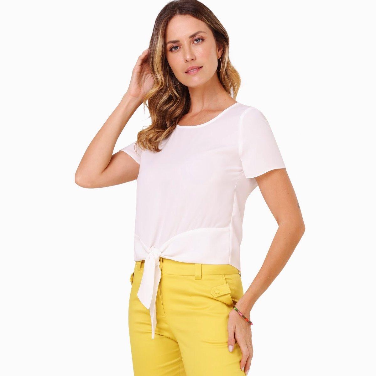 Símbolo clássico, o liso cede lugar a novas medidas e amarrações #fashiontodaybr #moda #brasil #mulheres #tendencia #estilo #modafemininapic.twitter.com/SMkJQU2z1u