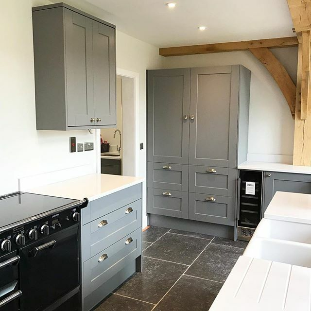 Another beautiful shot from @mulberry_selfbuild! We can't get enough of this kitchen, incorporating beautiful natural materials such as solid oak, granite, and painted surfaces, all accented by our Satin Nickel cabinet hardware. Thanks for sharing these … https://ift.tt/2Rtu7SDpic.twitter.com/pNo1V2P4fg