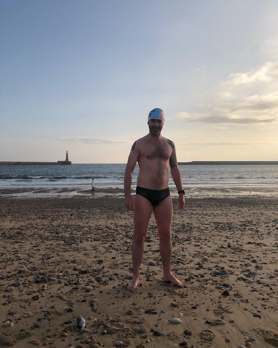 Best way to start the day #openwaterswimming #wildswimming #wimhof #wimhofmethod #triathlon #winterswimming #swimbikerun #coldwatertherapy #swimming #northsea #sunderland #rokerbeach #nxymultisports #nxymultisportseventspic.twitter.com/GqxlXruziB