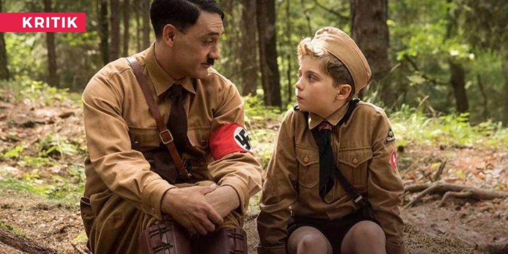 BFF mit Hitler? JOJO RABBIT - die bunte Coming-of-Age-Komödie in durchaus sehr schrägem Setting - ist seit dieser Woche im Kino  https://buff.ly/2RHblpCpic.twitter.com/yCaZzNeT7Q