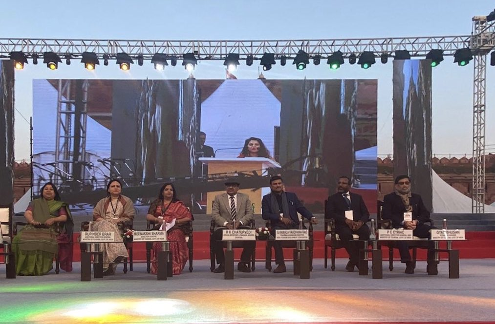 The magnificent cultural spectacle #BharatParv2020 inaugurated in the presence of C&MD, #ITDC. The eminent National Event being managed by #AshokEvents and active participation by young students at #AIHTM, ITDC. #EkBharatShreshthaBharat #dekhoapnadesh #republicday  #MahatmaGandhi <br>http://pic.twitter.com/ETTvC1Hv47