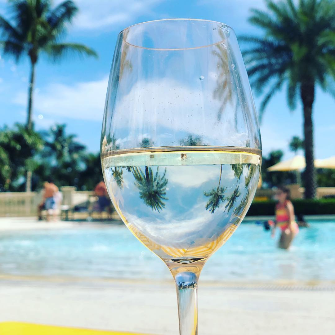 Poolside reflections. Cheers to a beautiful weekend at #TrumpDoral! : vtdaga.<br>http://pic.twitter.com/N6dcq2qxV5
