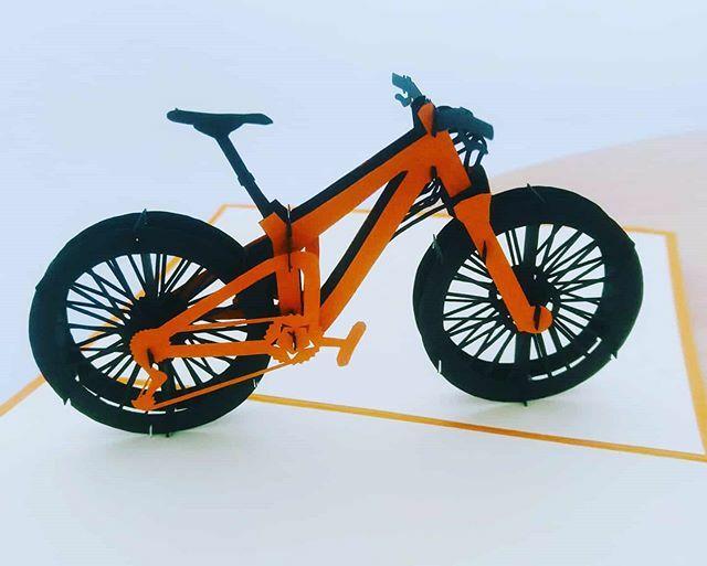 Die 0 Version meines neu bestellten Bikes ist schon eingetroffen. #bikelenzerheide #arosalenzerheide #graubündenbike #mtbswitzerland #mtb #graubuendenbike #ebike #furclettabike #lenzerheide #switzerland #schweiz #mtbGraubünden #blickheimat https://ift.tt/2Rs9sxYpic.twitter.com/EuKv1Kr2HR