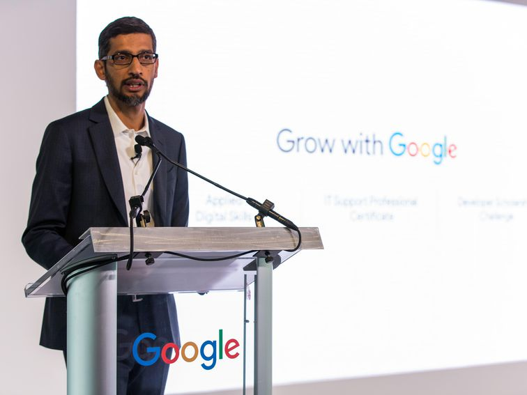 Google launches online coding course to train workers for tech jobs  https:// cnet.co/2U0e2Fl     <br>http://pic.twitter.com/OlJ10Y4zrX