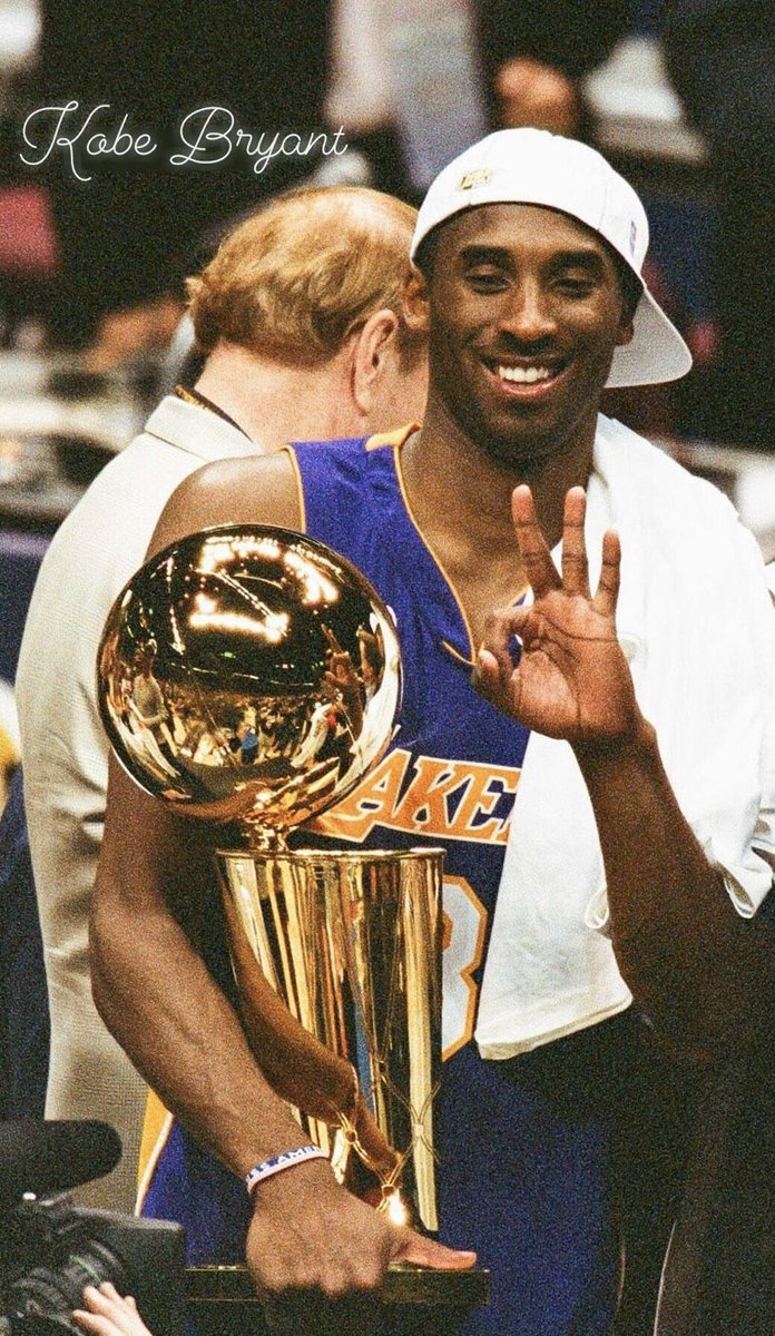 I have no words. More than just a player. A symbol for hard-work, dedication, and most of all LA. He gave us his mind, heart, body, and soul. His legacy will forever be engraved into this city. This world just lost a real one. RIP Kobe. pic.twitter.com/dmNxDd1zhO