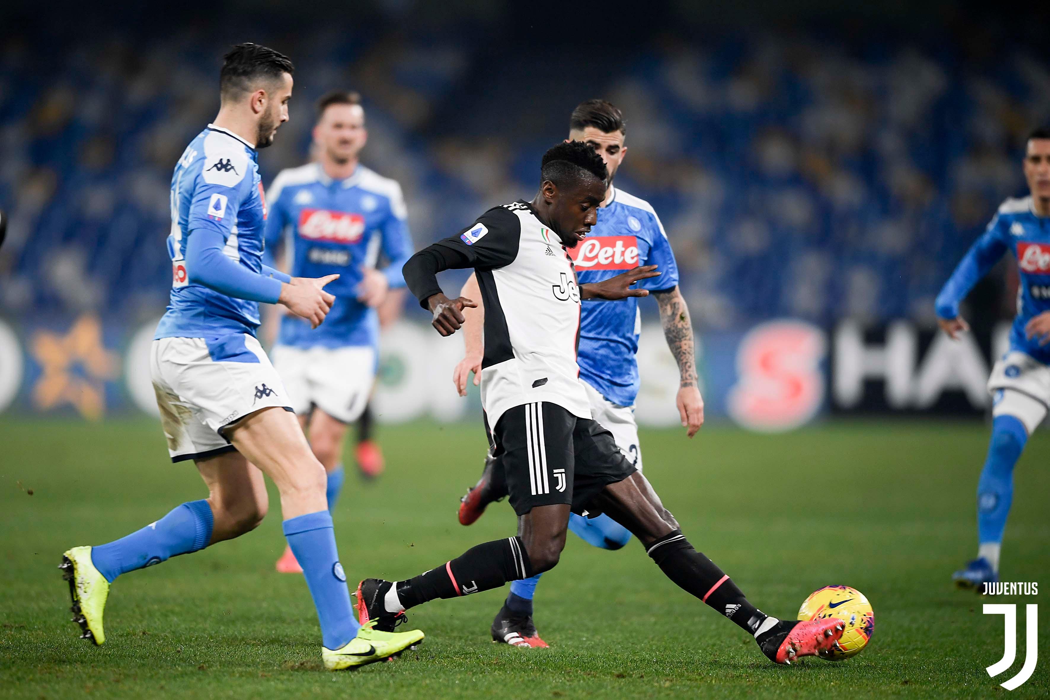 نابولي يخطف ثلاثة نقاط مهمة من اليوفي على ملعب سان باولو